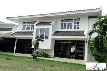 Four-bedroom fully furnished house in Rawai right by the beach